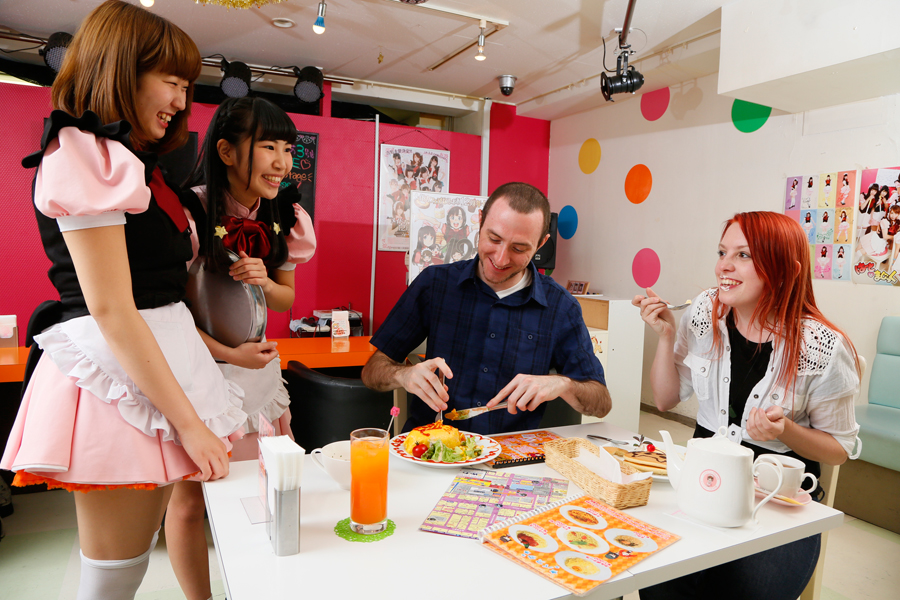 Five Most Kawaii Maid Cafe in Akihabara, Japan